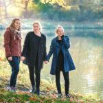 Freundinnen Fotoshooting in Leipzig. Tulpe-Production.de portraitiert Euch beim Fotowalk in der Stadt oder an einer Loction Eurer Wahl