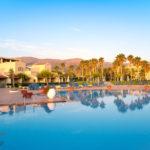 Hotelbewertung Kreta - Küche und italienischer Pool im Hotel Club