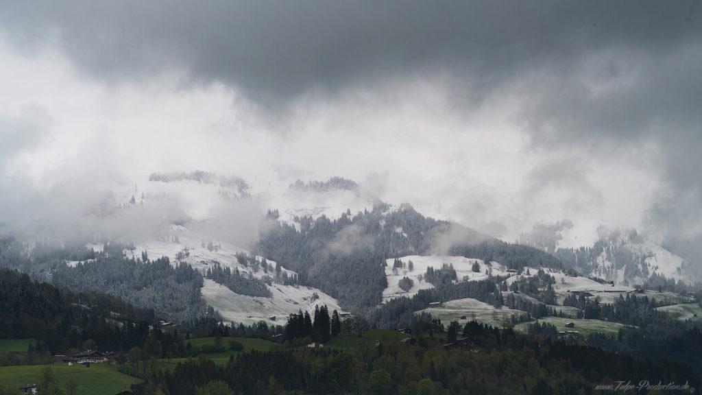 schlechtes Wetter im Mai - Kitzbühl - Reisebericht Tulpe-Production.de