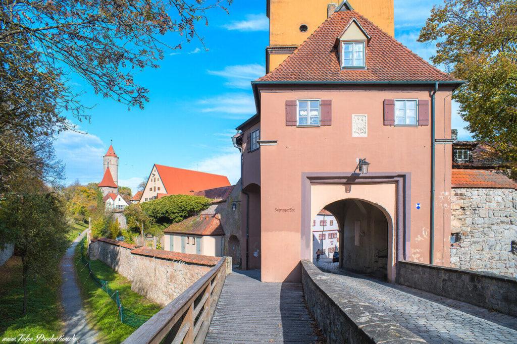 Reisebericht Dinkelsbühl - Stadttor zur historischen Altstadt