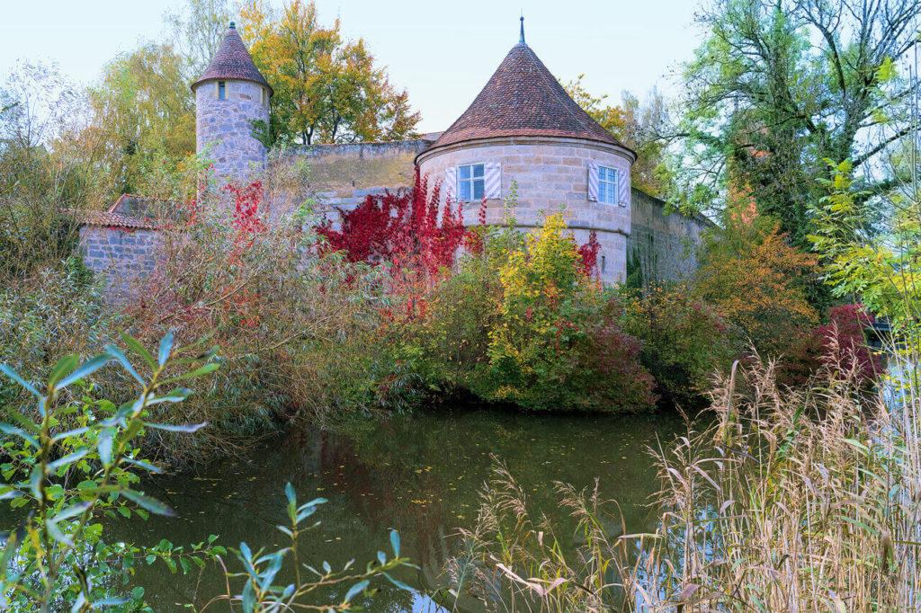 Wehrturm am Wassergraben Dinkelsbühl