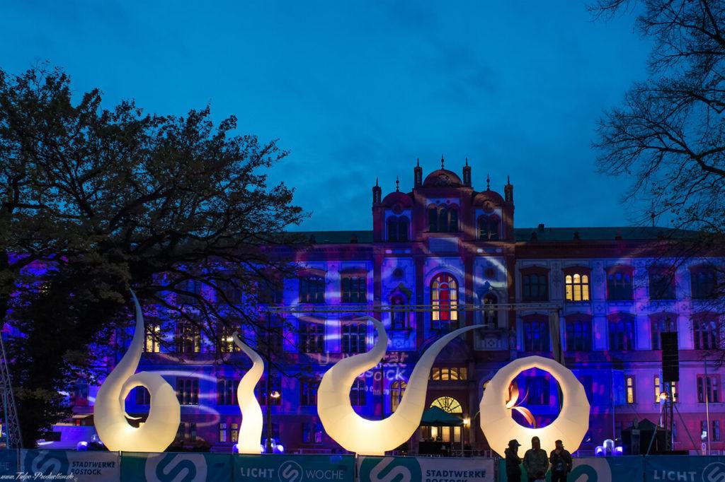 Universitätsplatz zum Lichtfest in Rostock
