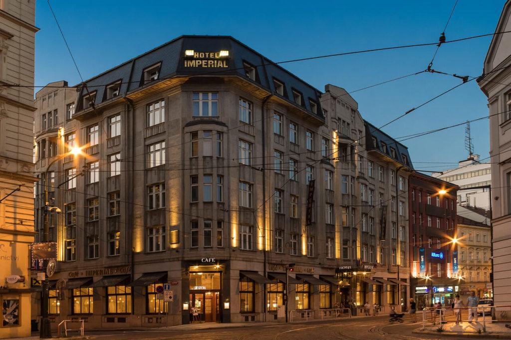 Art Deco Imperial Hotel Prag bei Nacht