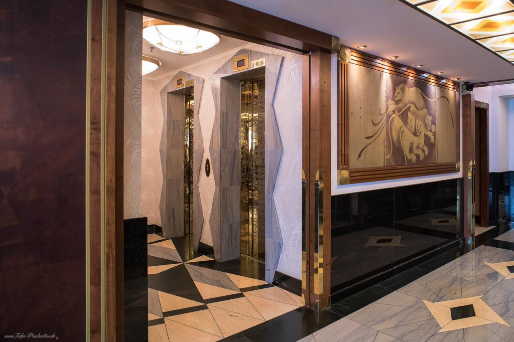Hotelcheck Prag - Art Deco Imperial Wartebereich vor dem Aufzug