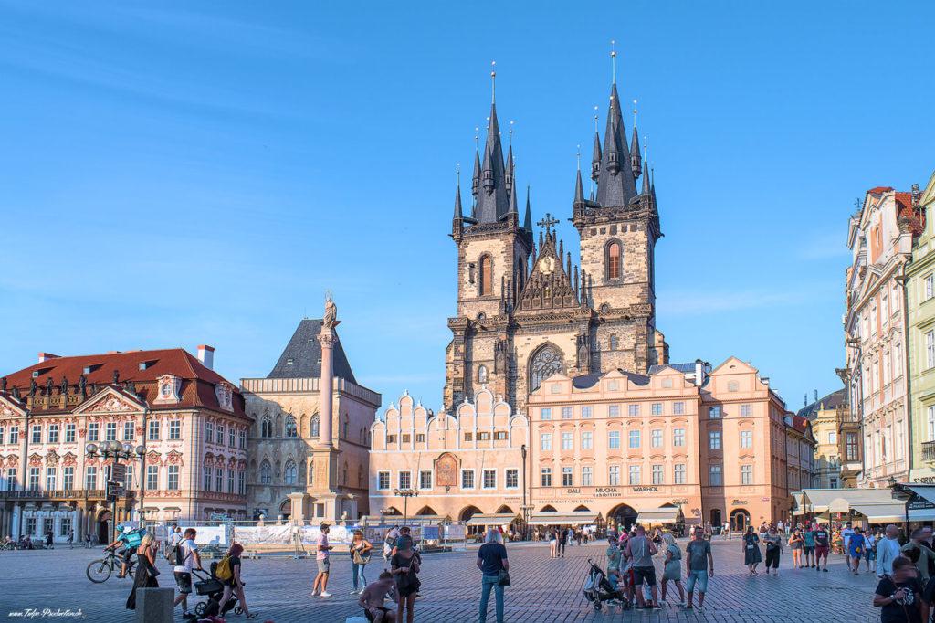 Altstädter Platz vor dem Rathaus in Prag